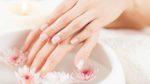 Как ухаживать за сухой и потрескавшейся кожей рук
