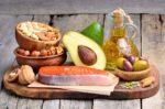 Омега 3, авокадо, томаты, морковь и другие продукты для здоровья кожи лица